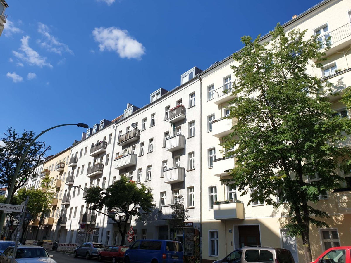 2 Adjoining Apartments for Sale in a Package