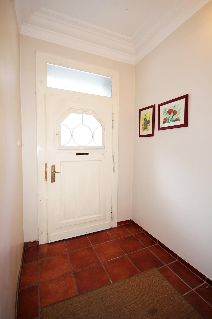 extra Eingang zu Wohnbereich