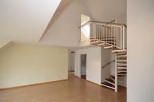 Treppe in Spitzbodenzimmer