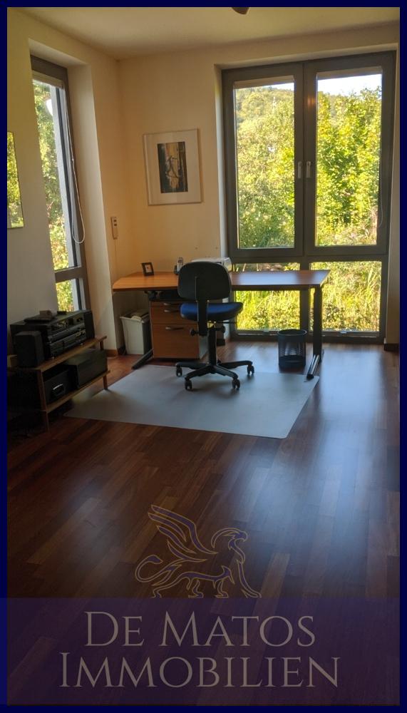 Gastzimmer, Büro (2)