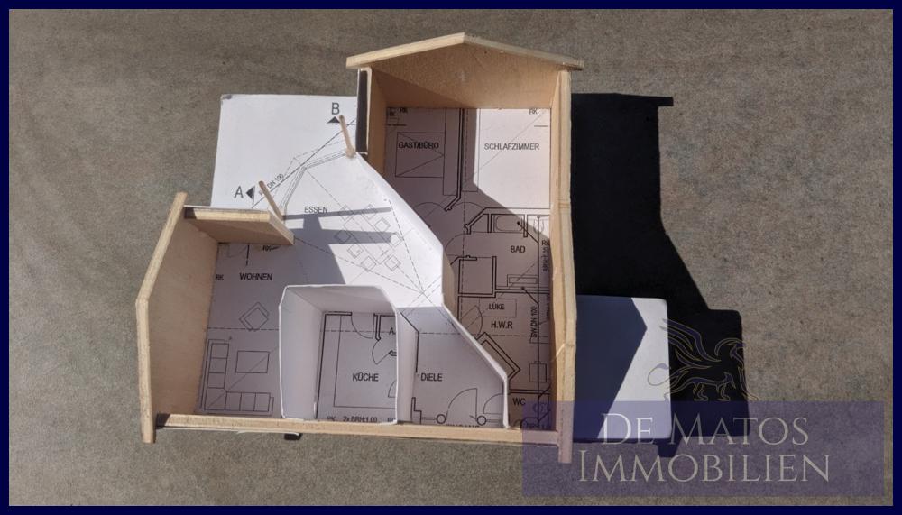Haus mit Grundriss