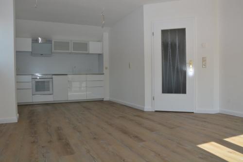 Wohnzimmer mt offener Küche