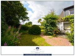 Blick auf Terrasse / Garten