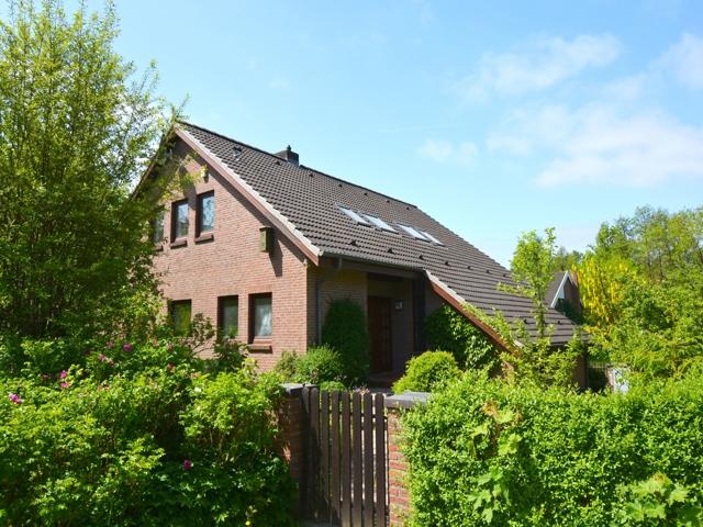 Verkauft im Gemeinschaftsgeschäft Dominic Wolf Immobilien - Haus in Molfsee