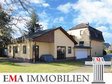 Einfamilienhaus mit Gästehaus in Falkensee