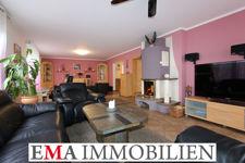 Einfamilienhaus mit Einliegerwohnung-
