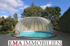 Großes Einfamilienhaus mit Pool...