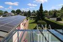 Gewerbehaus mit Photovoltaikanlage