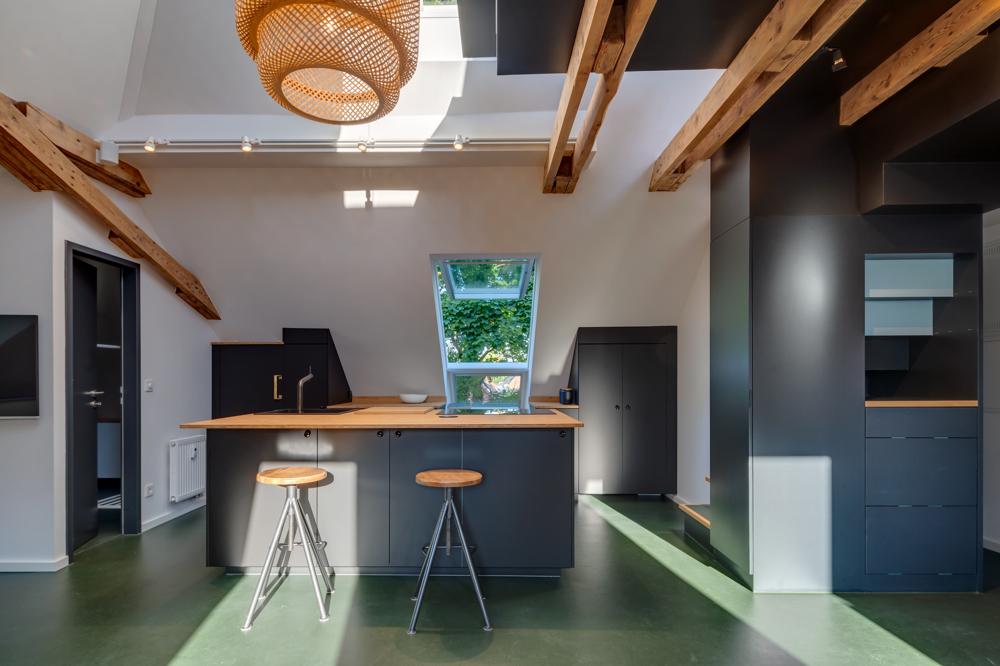 Loft Küche u Abstellraum