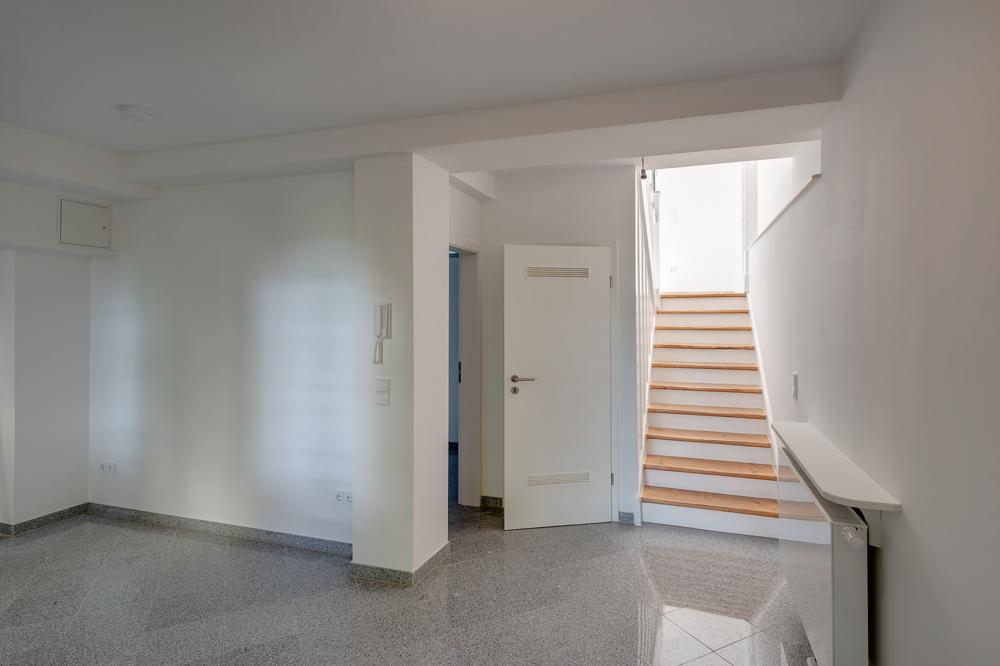 Küche mit Treppe