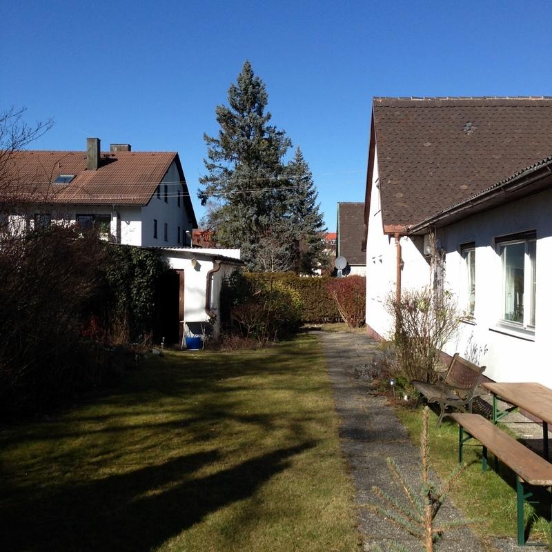 Bestand Wohngebäude und Garage