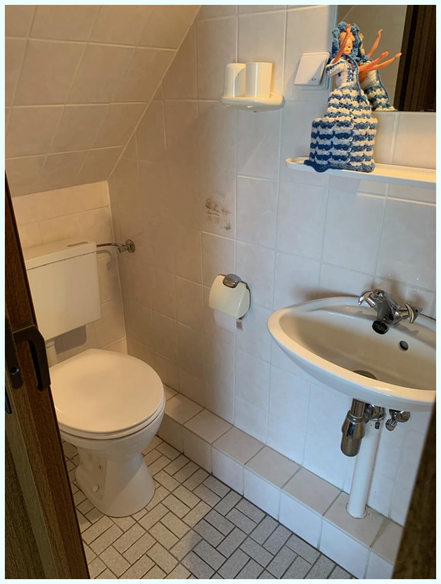 0608 Schlafzimmer Duschbad