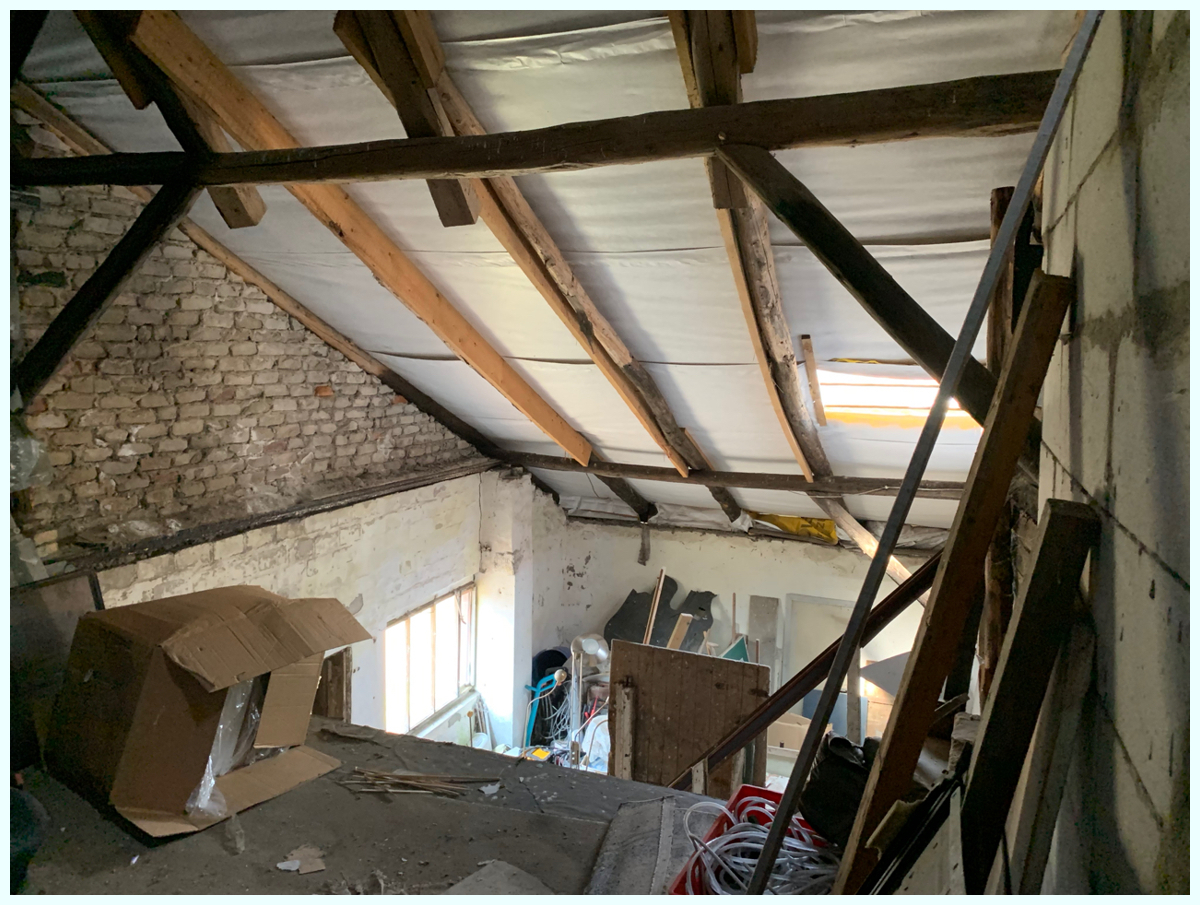 0634 im Dachboden