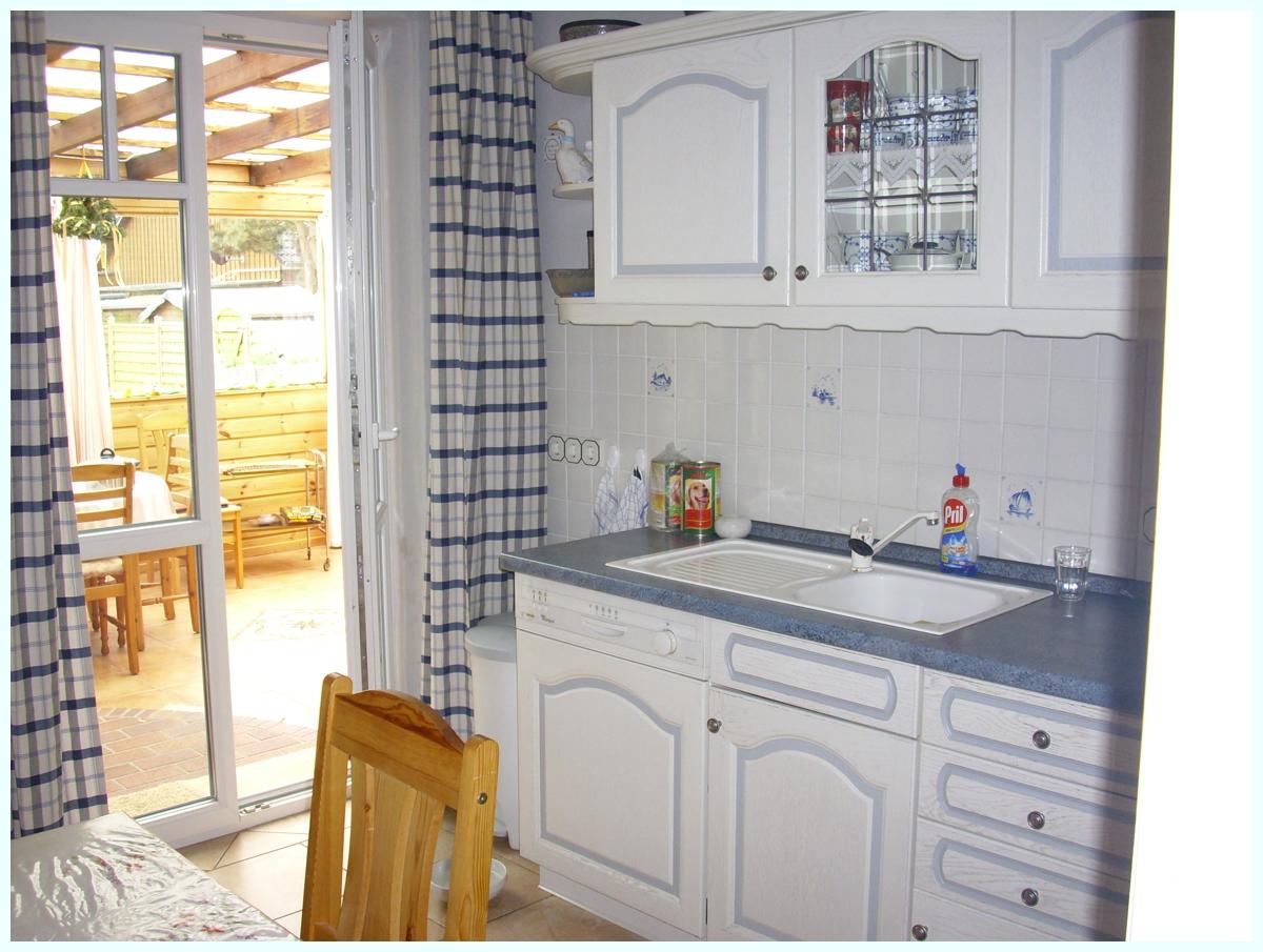 Küche re Tür