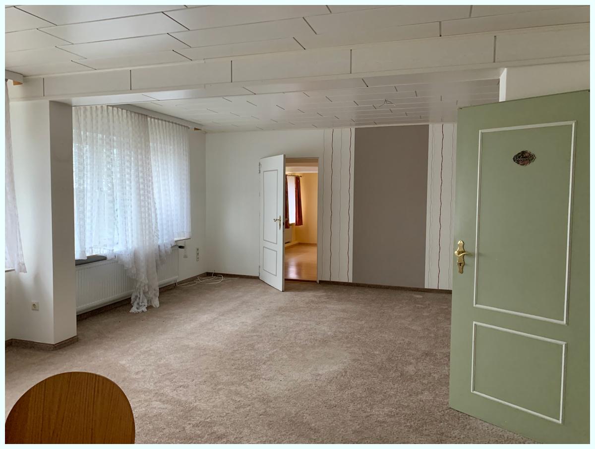 0665 Wohn-Esszimmer und Schlafzimmer