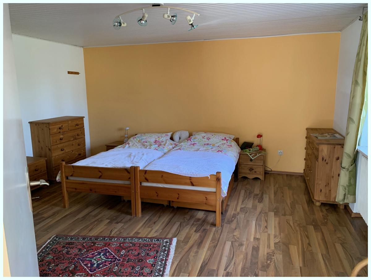 0671 Schlafzimmer