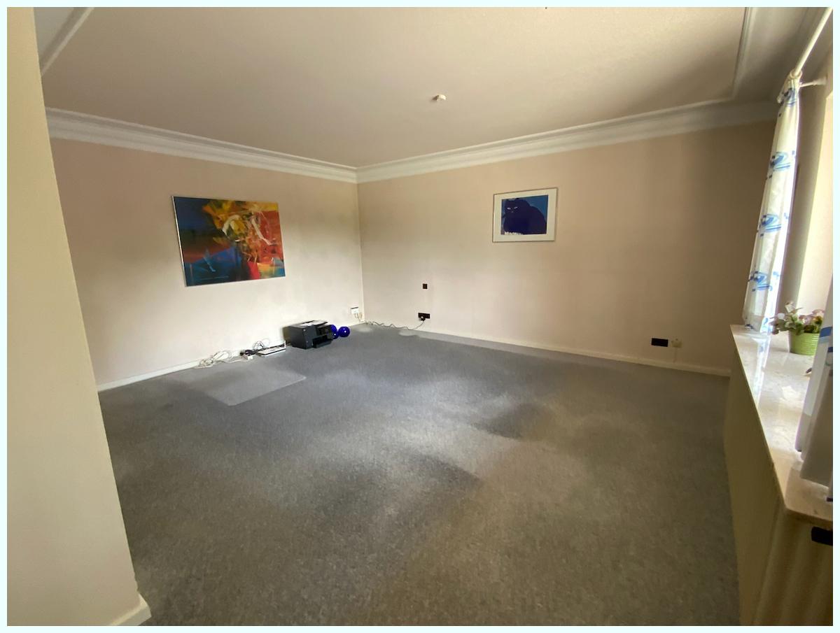 0680 großes Schlafzimmer