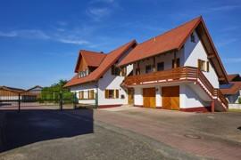 Haupthaus mit Vorderhaus