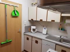 Kleine Küche (UG)