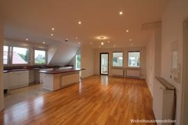 Dachgeschoss offene Wohnküche
