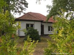 Ein alter Garten für ein kleines Haus