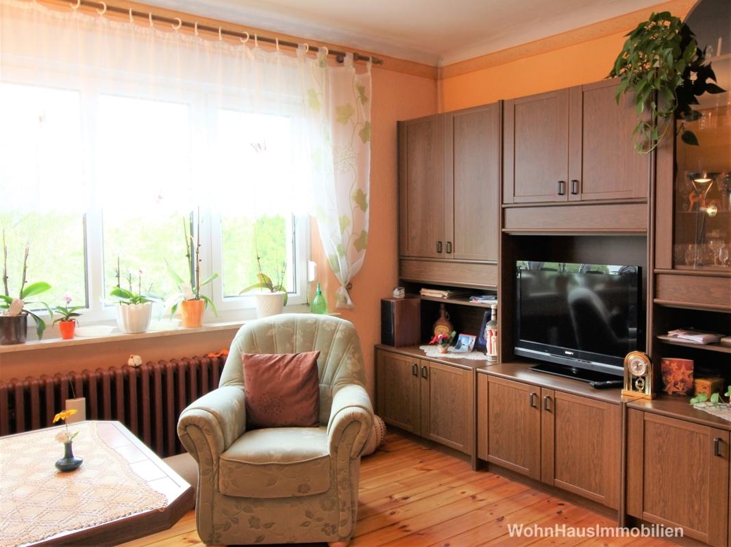 Wohnzimmer im Hochparterre