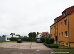 Parklpätze vor dem Haus
