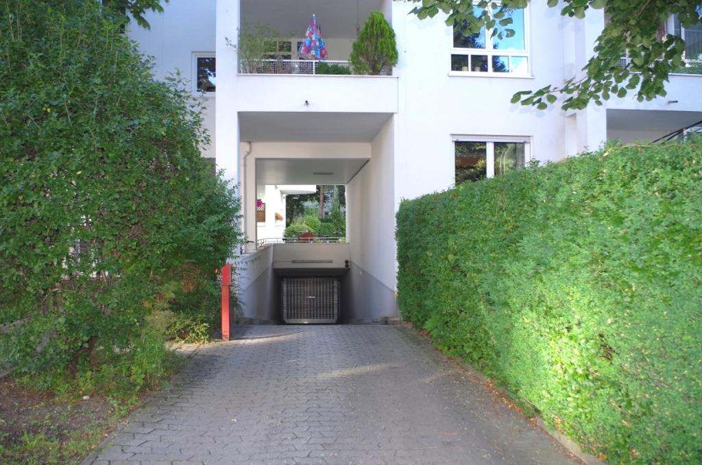 Einfahrt (1)