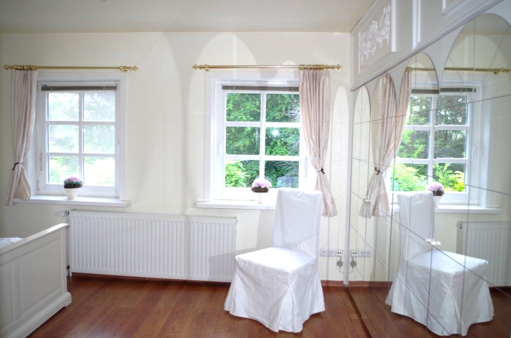 Großes Schlafzimmer (2)