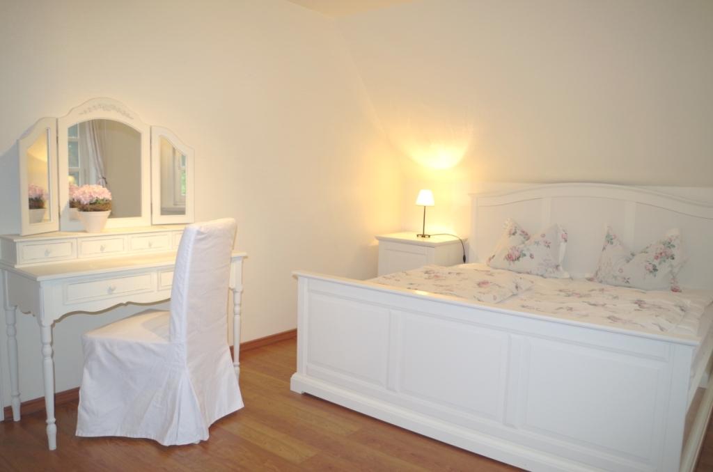 Großes Schlafzimmer (3)