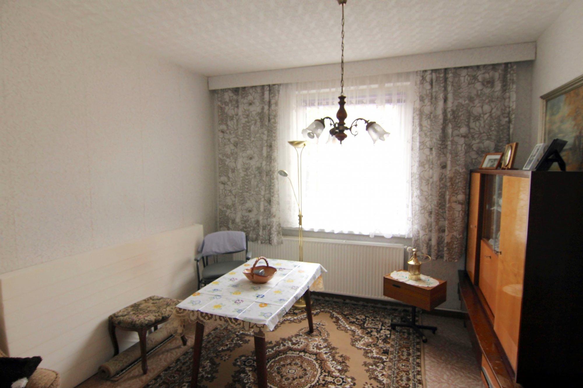 Ess-Zimmer neben der Küche