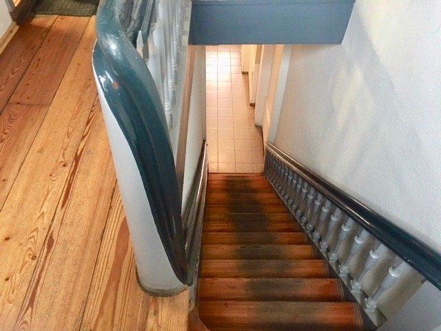 Treppe zum Flur EGz
