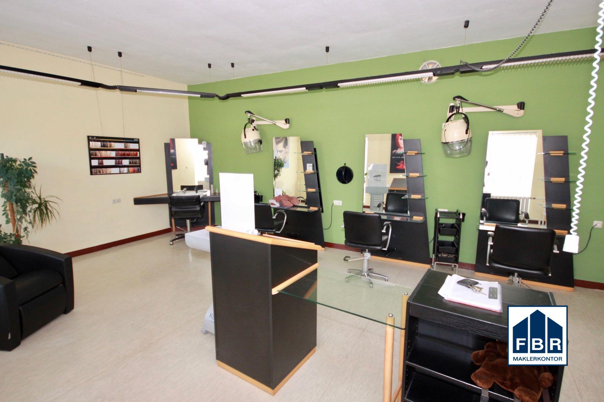 ehemaliger Salon