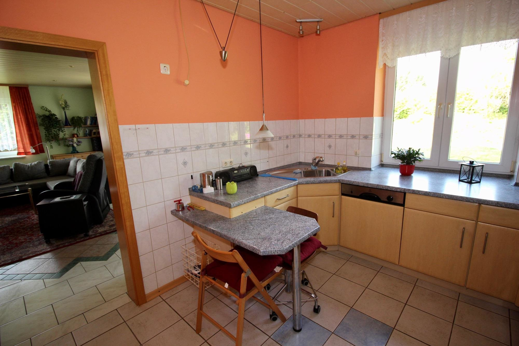 Küche im Erdgeschoss weitere Ansicht