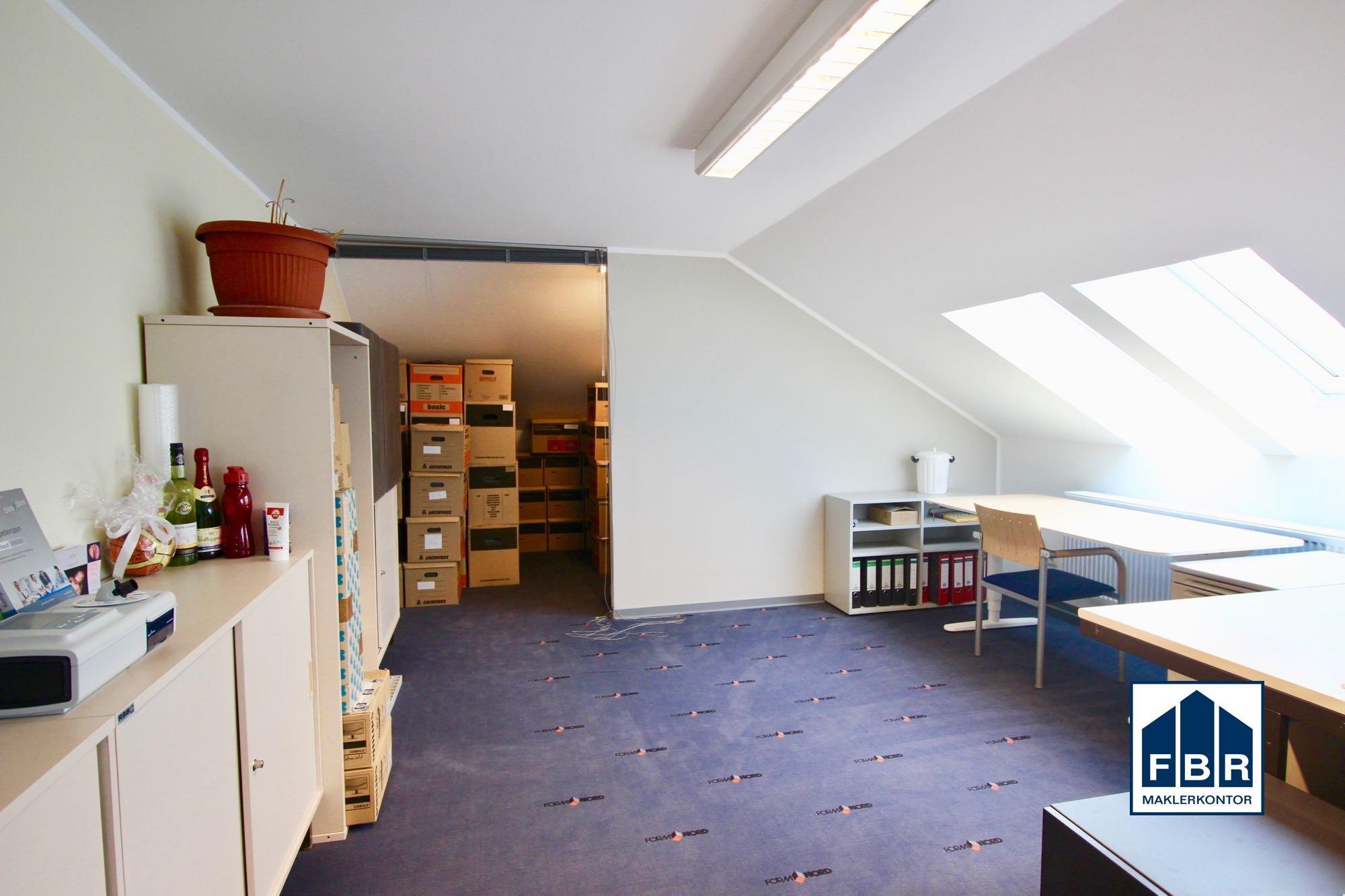 wohnwirtschaftlicher Raum im Dachgeschoss
