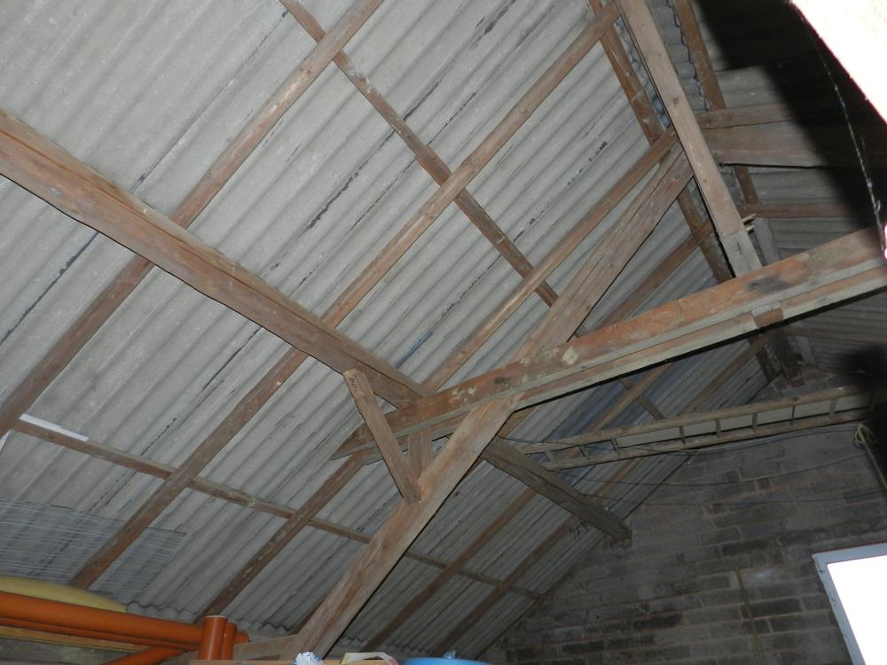 Dachstuhl Scheune/Garage