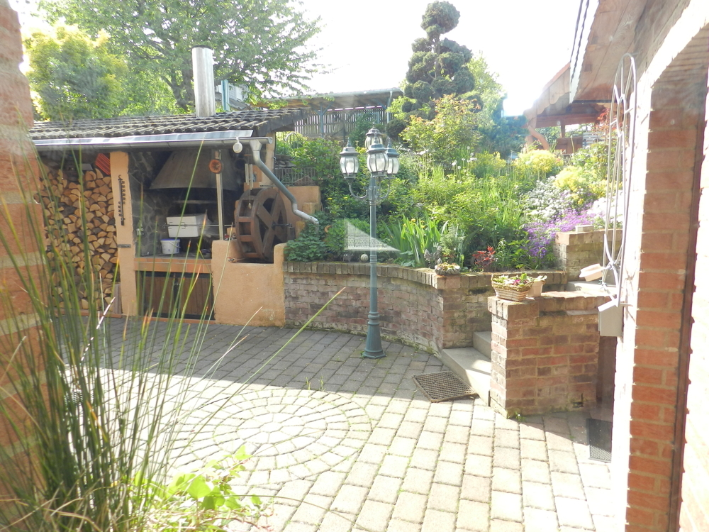 Blick von der Küche zur Terrasse