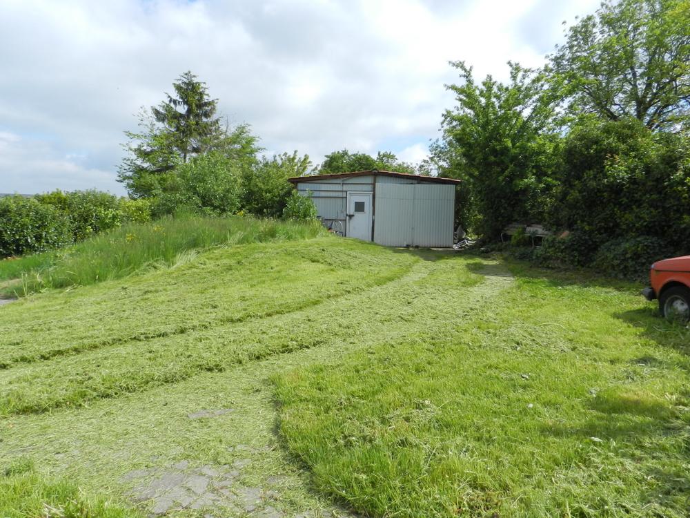 Garten mit Schuppen/Garage