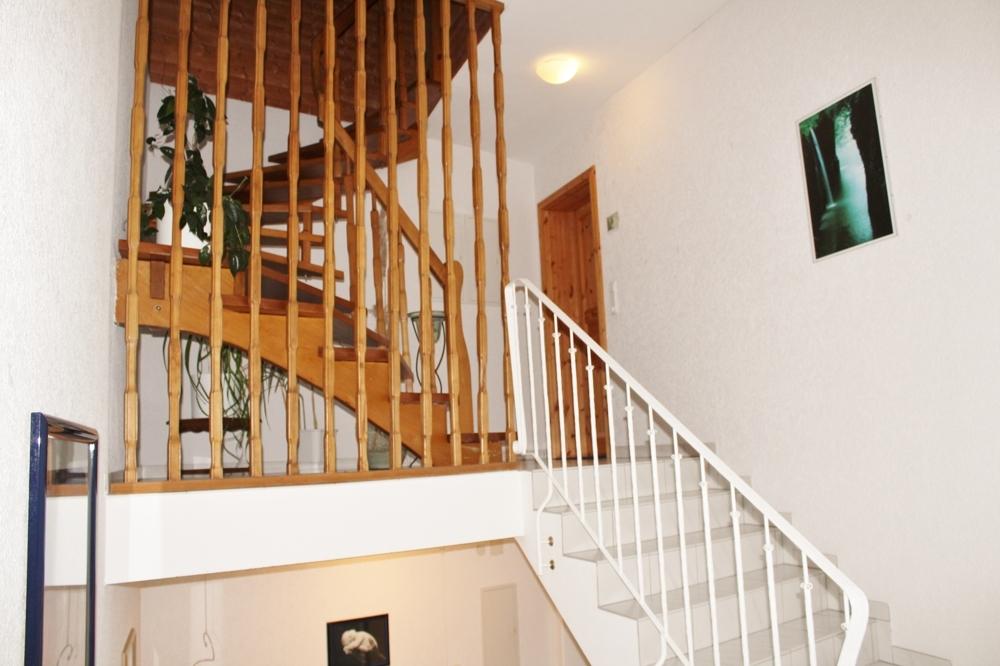 Treppenhaus 2. OG und Speicher
