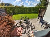 Terrasse mit eigenem Gartenbereich