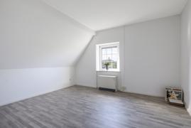 Zimmer Dachgeschoss Wohnung