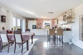 offene Küche-/Wohn-Esszimmer