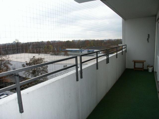 Süd-West Balkon vom Wohnzimmer