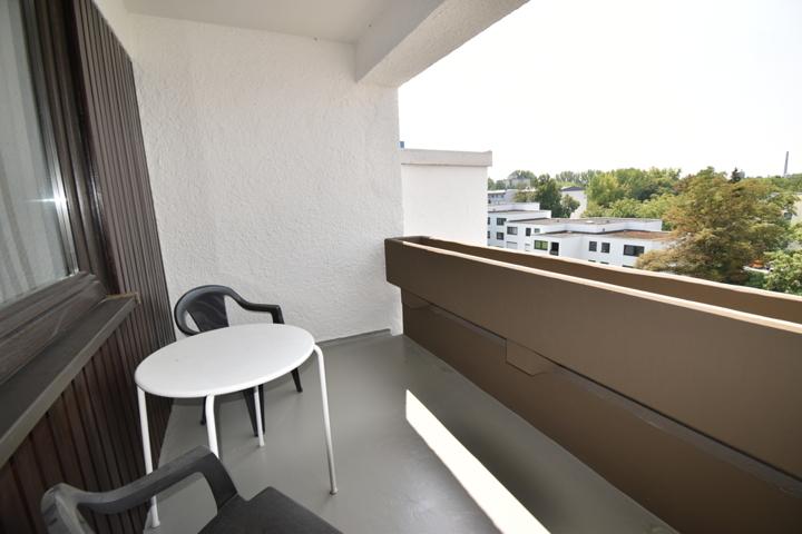 neu sanierter Balkon