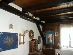 Dachgeschoss mit offenen Dachbalken