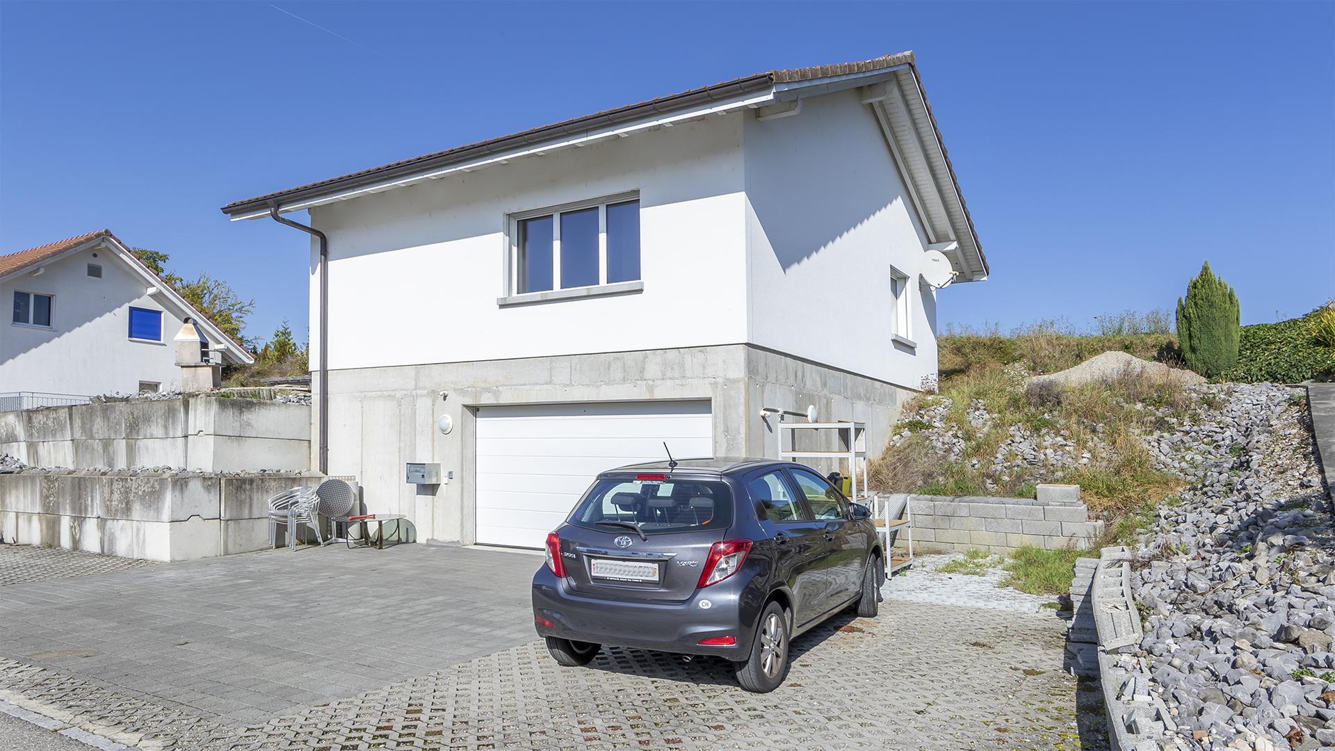 ...verkaufen wir ein attraktives, freistehendes Einfamilienhaus.