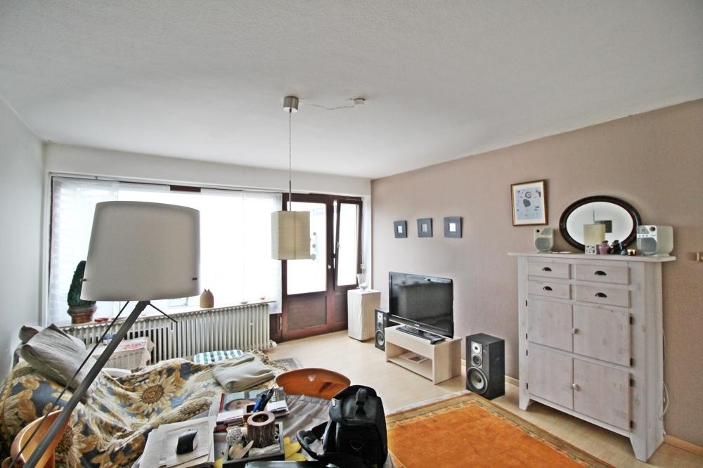 Wohnzimmer mit Wintergarten