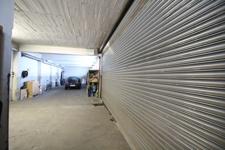 Blick ins Lager  - Garage