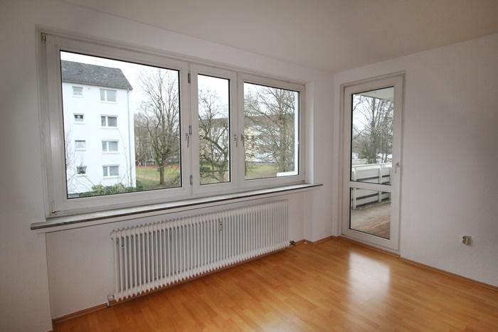 Wohnzimmer-Balkonblick