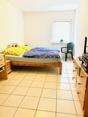 Schlafzimmer/Kinderzimmer/Büro